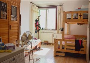 正规三居室 双卫生间 高层观景 采光充足 视野开阔 世纪城金