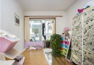 本家润园三期 刚需小两居室 户型方正 高层采光好 接受换房