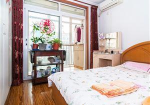 天娇园 正规两居室 不临街 满五年一套房
