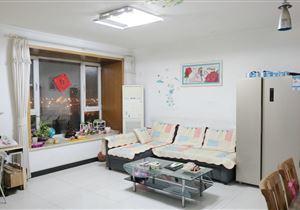 三环边,中景理想家小区,南北通透的两居室,看房方便,诚售